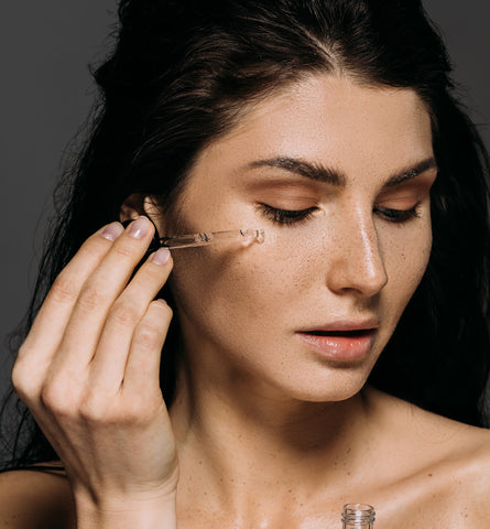 Blog Feed Article Feature Image Carousel: Should You Be Using Hyaluronic Acid for Acne?