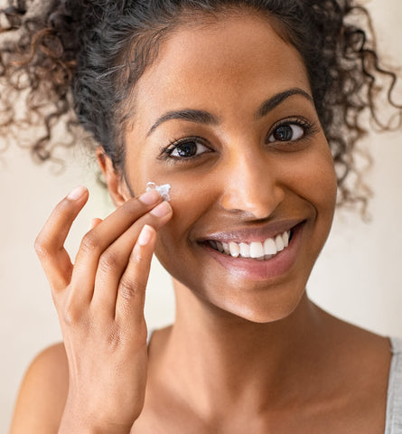 Blog Feed Article Feature Image Carousel: Are You Missing This Step in Your Moisturizer Routine?