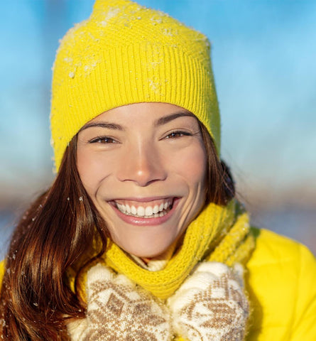 Blog Feed Article Feature Image Carousel: Here's How to Manage Dry Skin in Winter