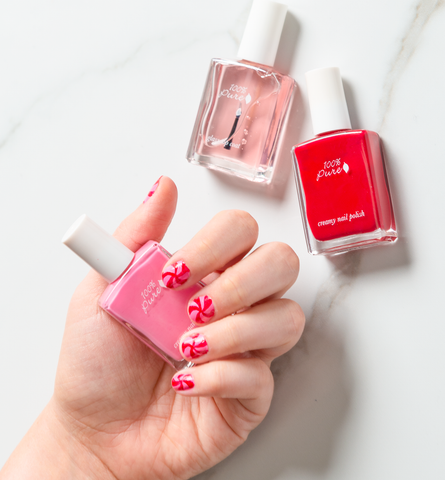 Blog Feed Article Feature Image Carousel: Holiday Manicure Inspiration