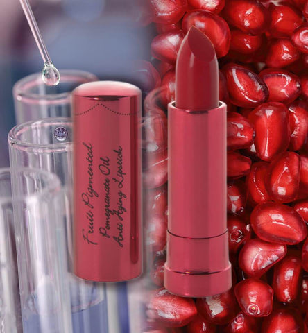 Blog Feed Article Feature Image Carousel: How to Choose Synthetic-Free Makeup