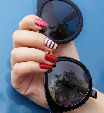 Blog Feed Article Feature Image Carousel: 4th of July Nail Art