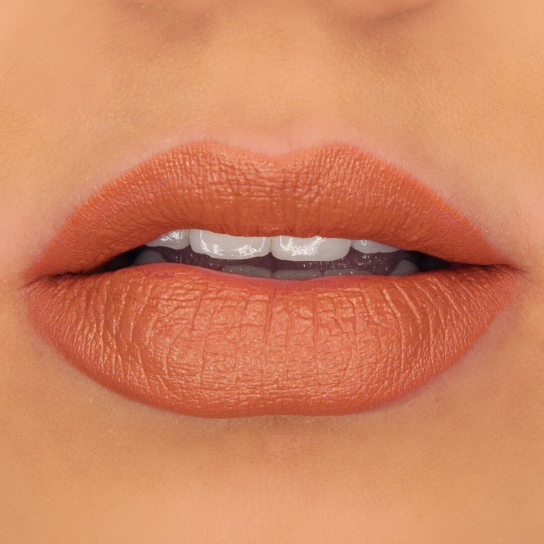 100% PURE Cocoa Butter Matte Lipstick: Mojave Applied on Lips