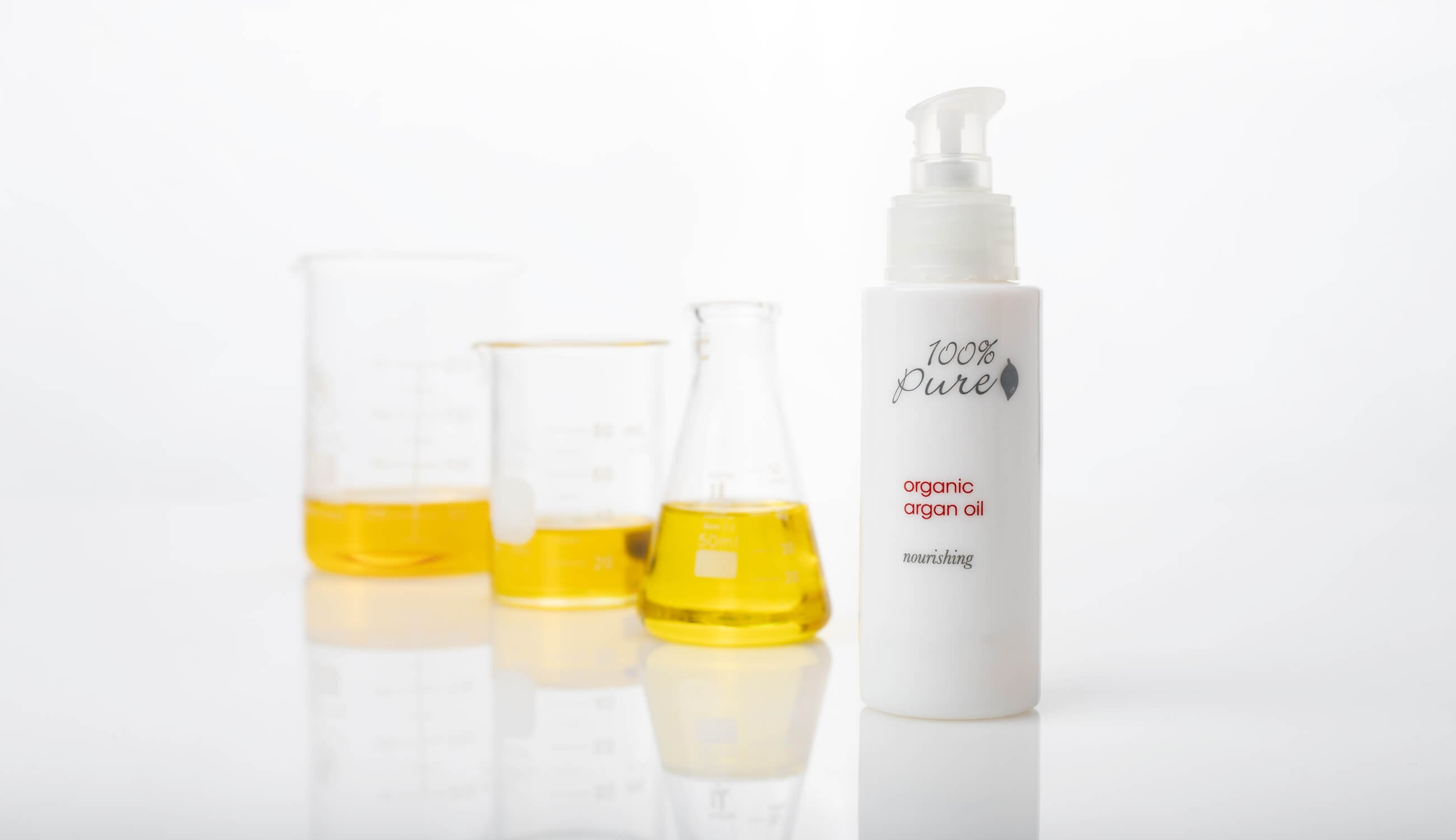 Argan-Oil-with-Oils-in-Glass