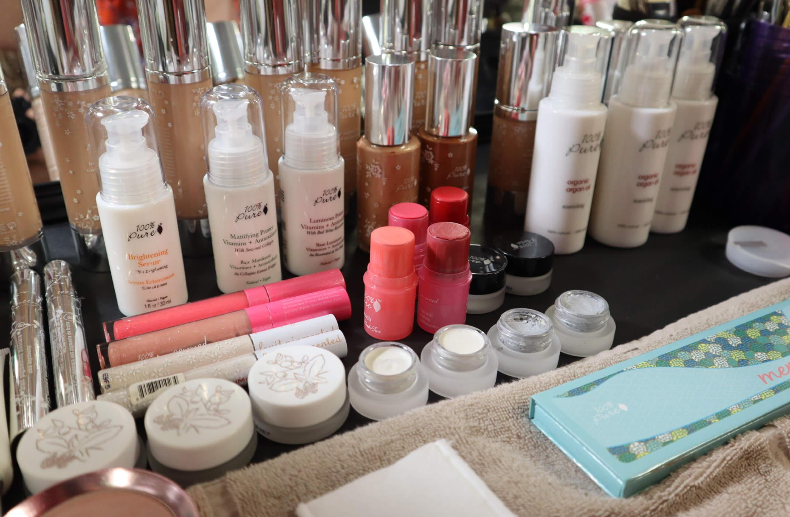 new york fashion week 2018 100% Pure products