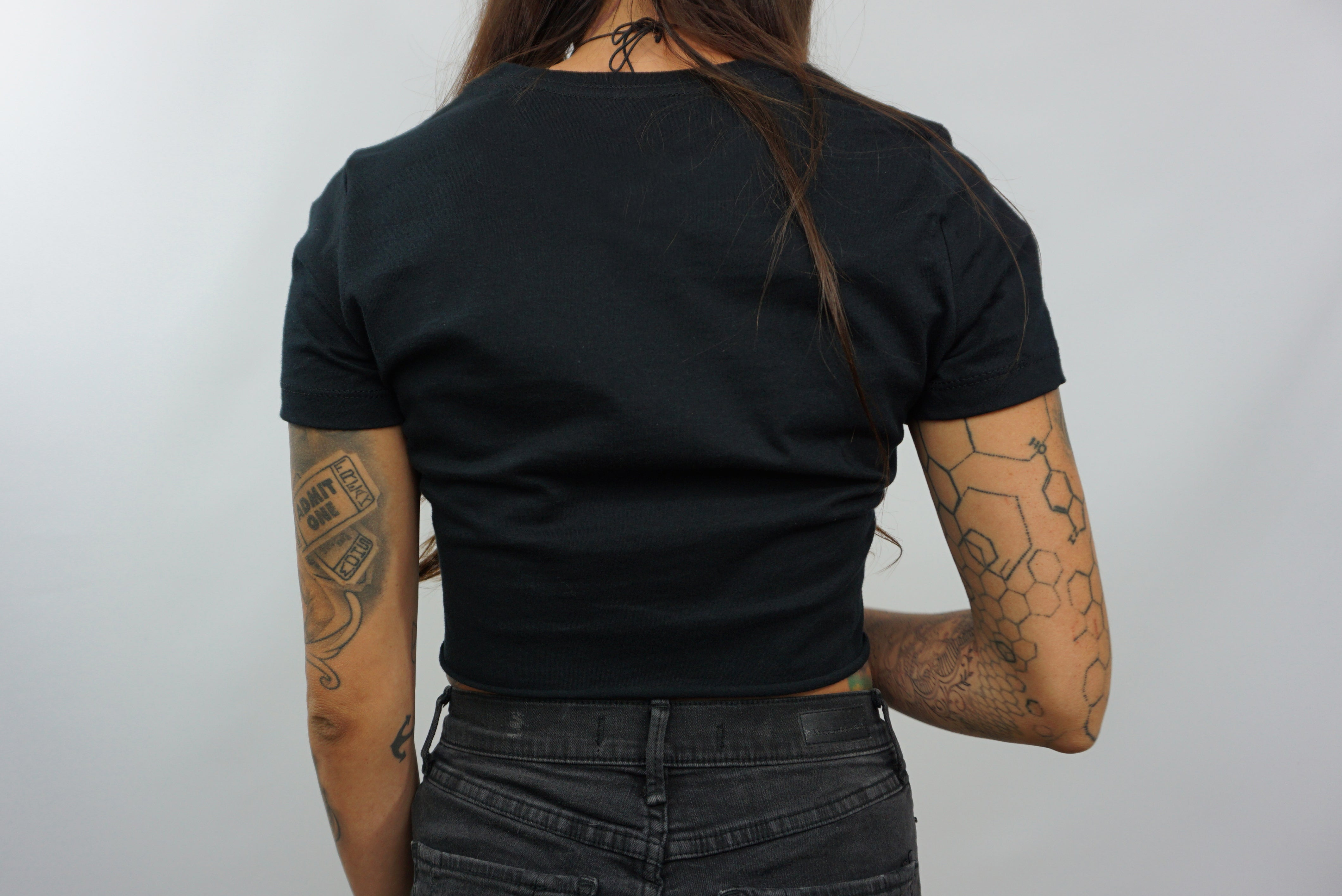 BLACK ON BLACK CROP TOP