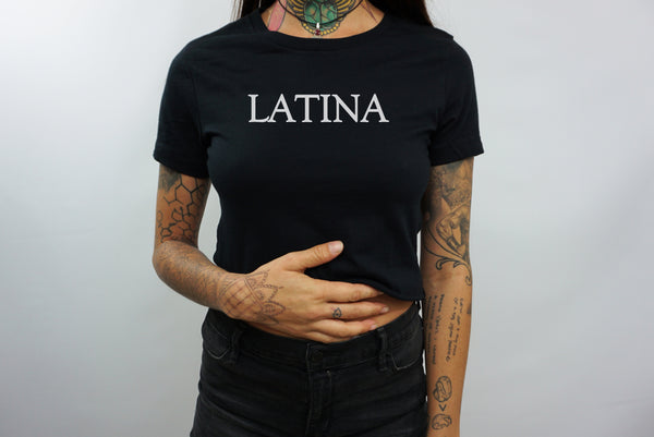 LATINA CROP TOP