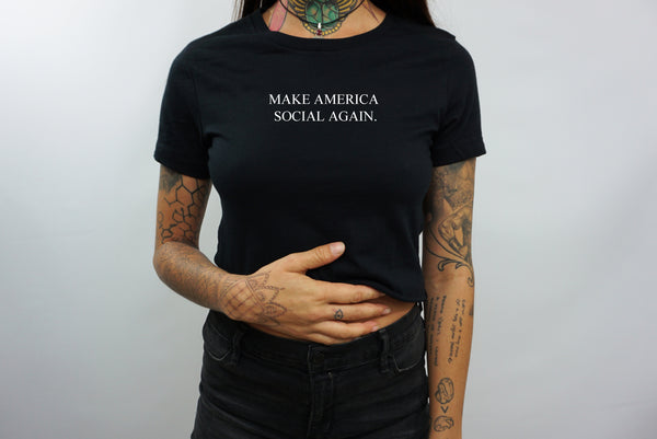 MAKE AMERICA SOCIAL AGAIN CROP TOP