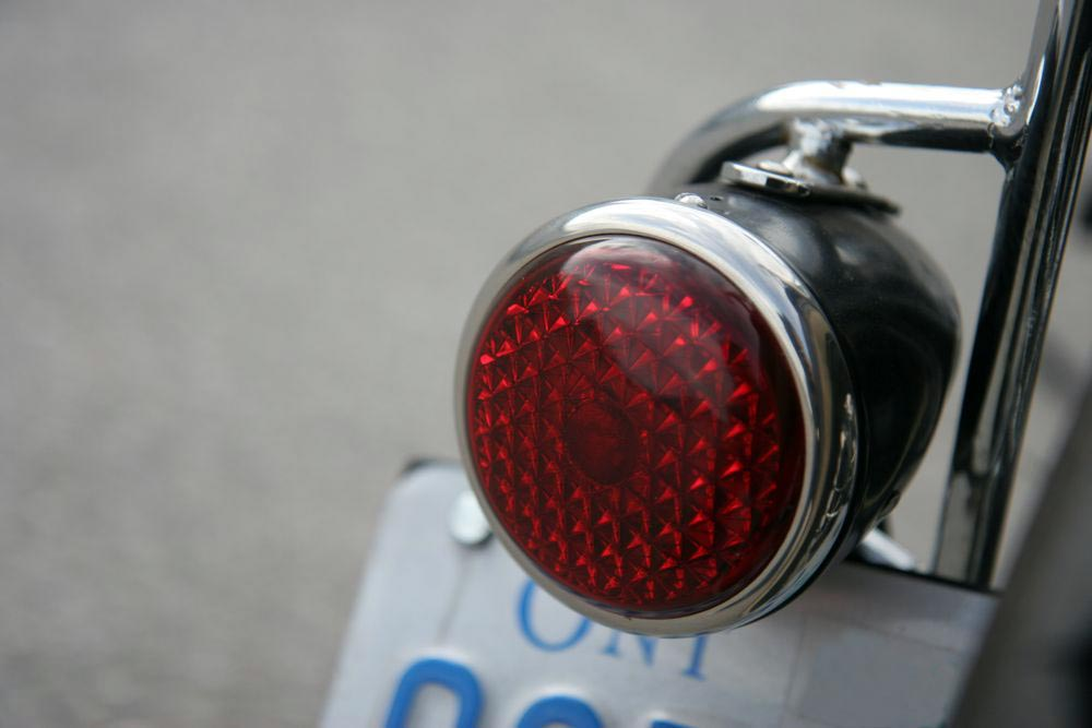 tail_light1.jpg