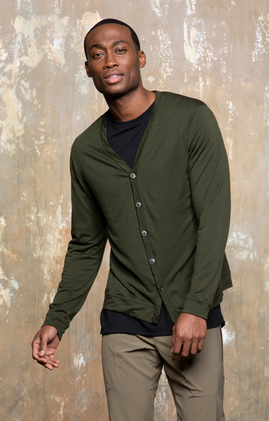 Intrinsic - Merino Travel Cardigan in Green