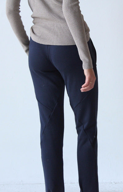 Wondrous - Knit Flight Pant in Navy