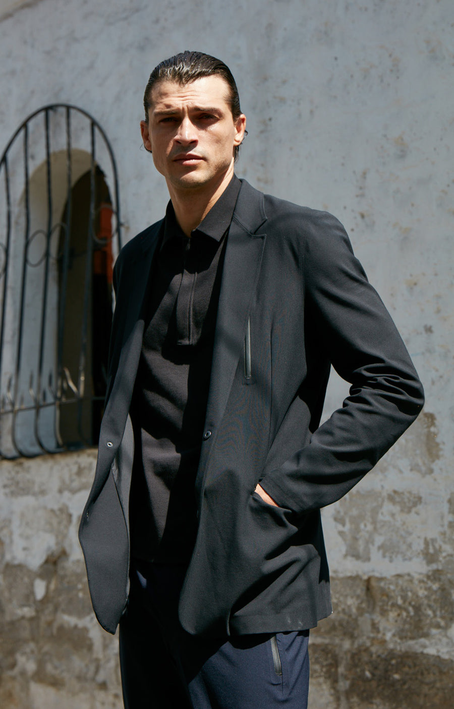 Individualist - Travel Tech Blazer in Black