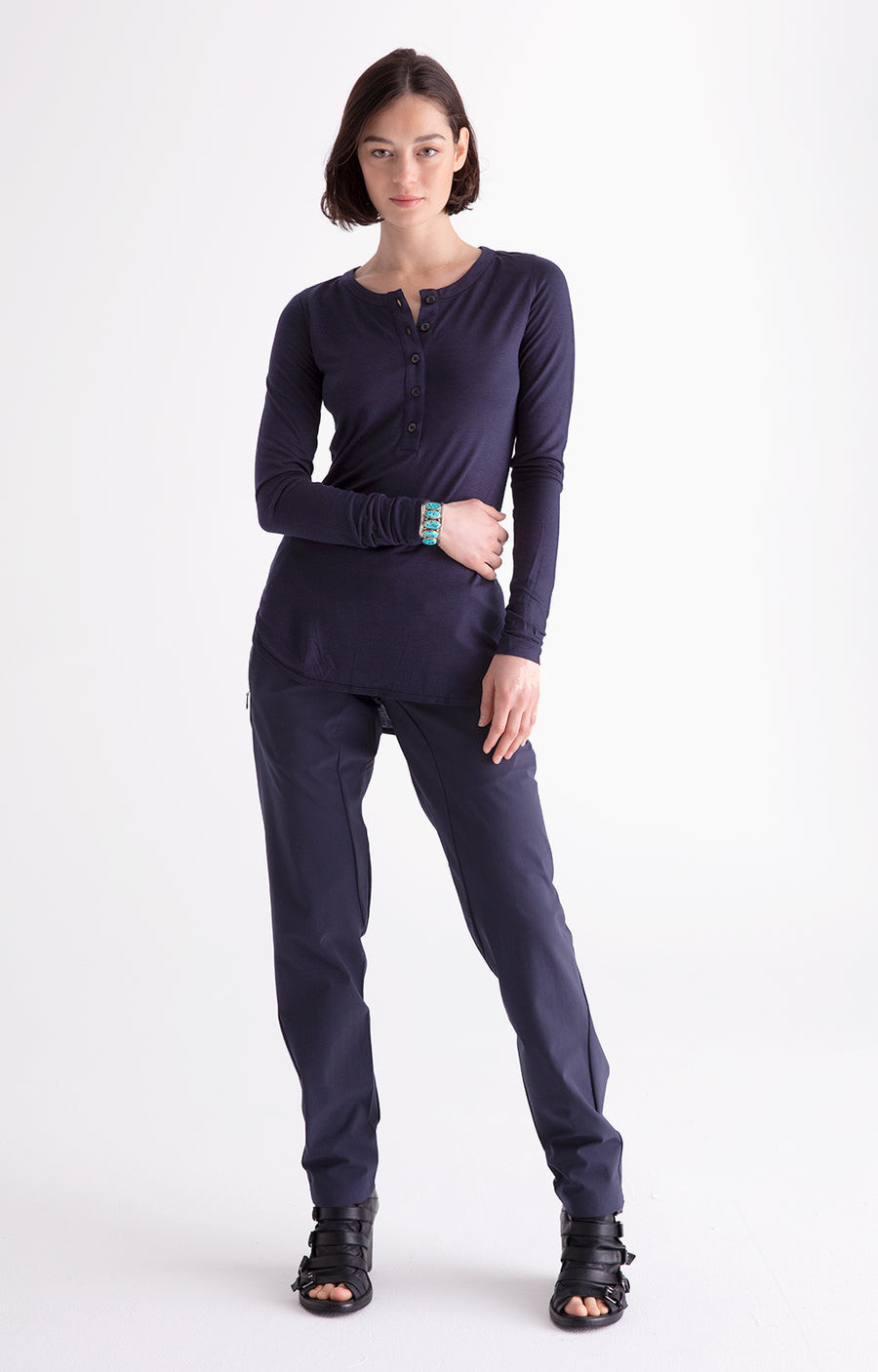 Minimalist - A Beautiful Slim-Fit Tech Travel Pant Navy