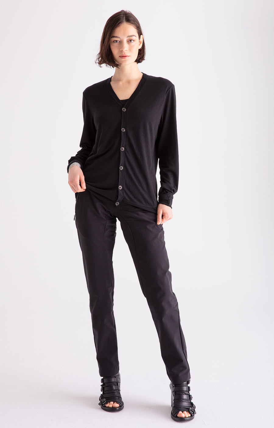 Minimalist - Perfectly Cut Slim-Fit Traveler Pants in Black