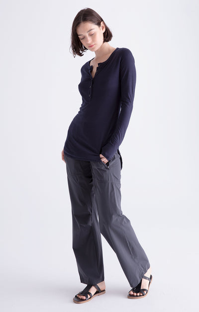 Conscious - Long Haul Flight Pant in Carbon