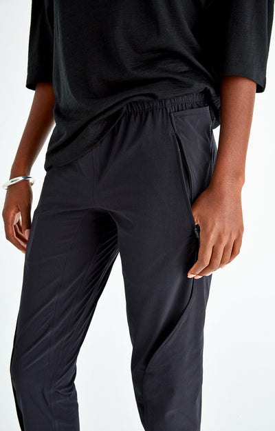 Purity - Meticulous Craftsmanship, Travel Pants in Black