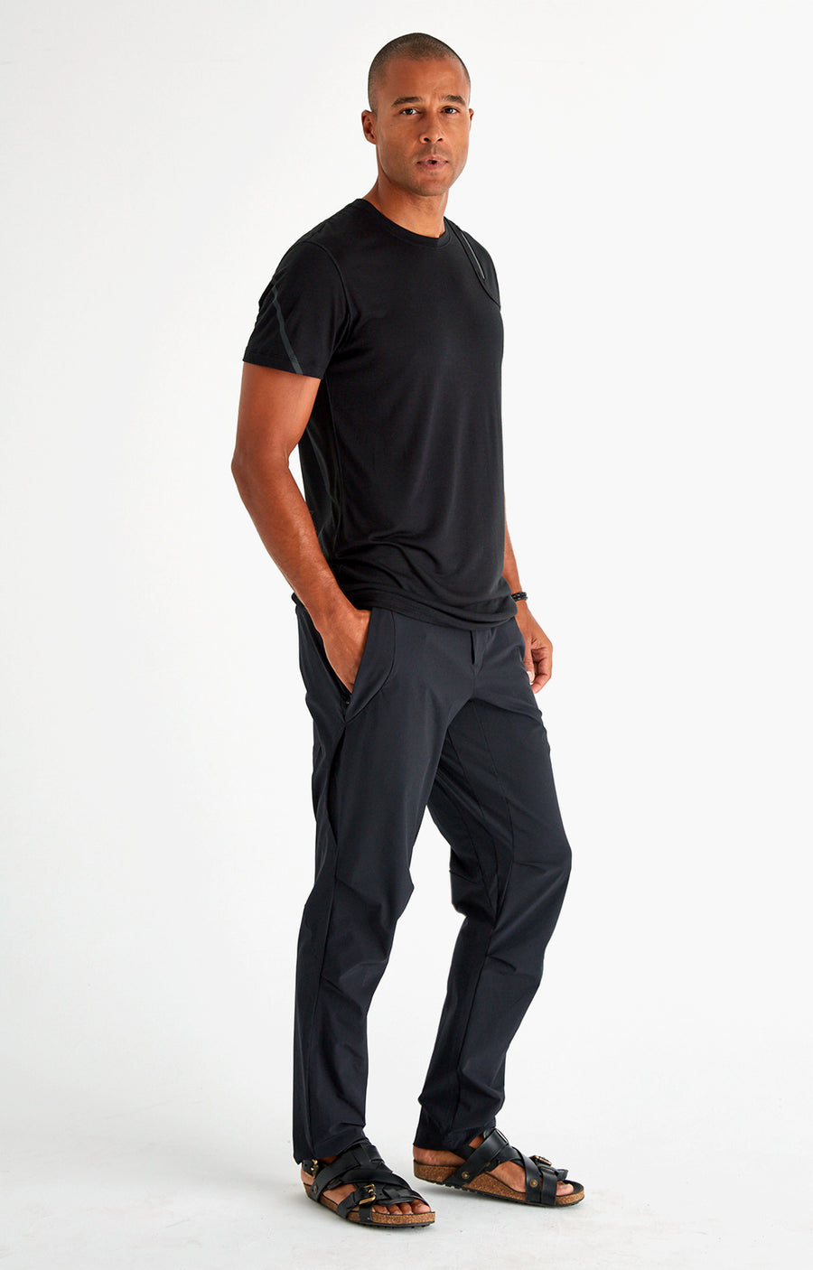 Exceed - Merino Silk Zipper Pocket Short Sleeve in Black