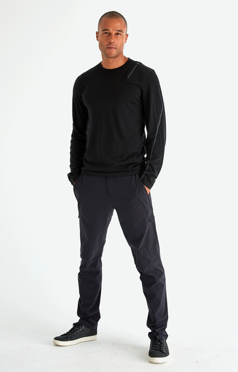 Ability - Modern Pants in Black