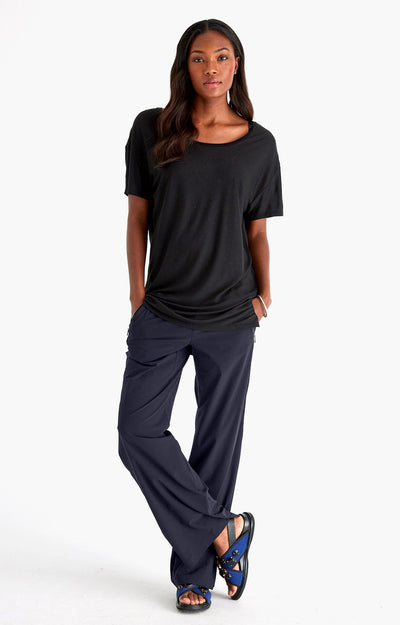 Imagine - Insanely Comfy Long-Haul Flight Pants in Navy