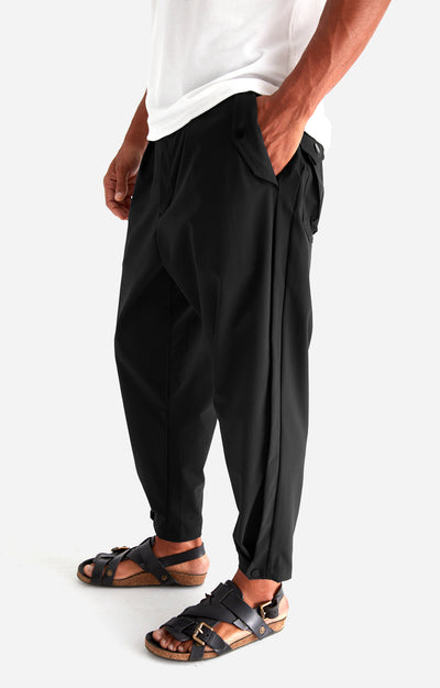 Wanderlust - Cropped Stretch-Tech Travel Trousers in Black