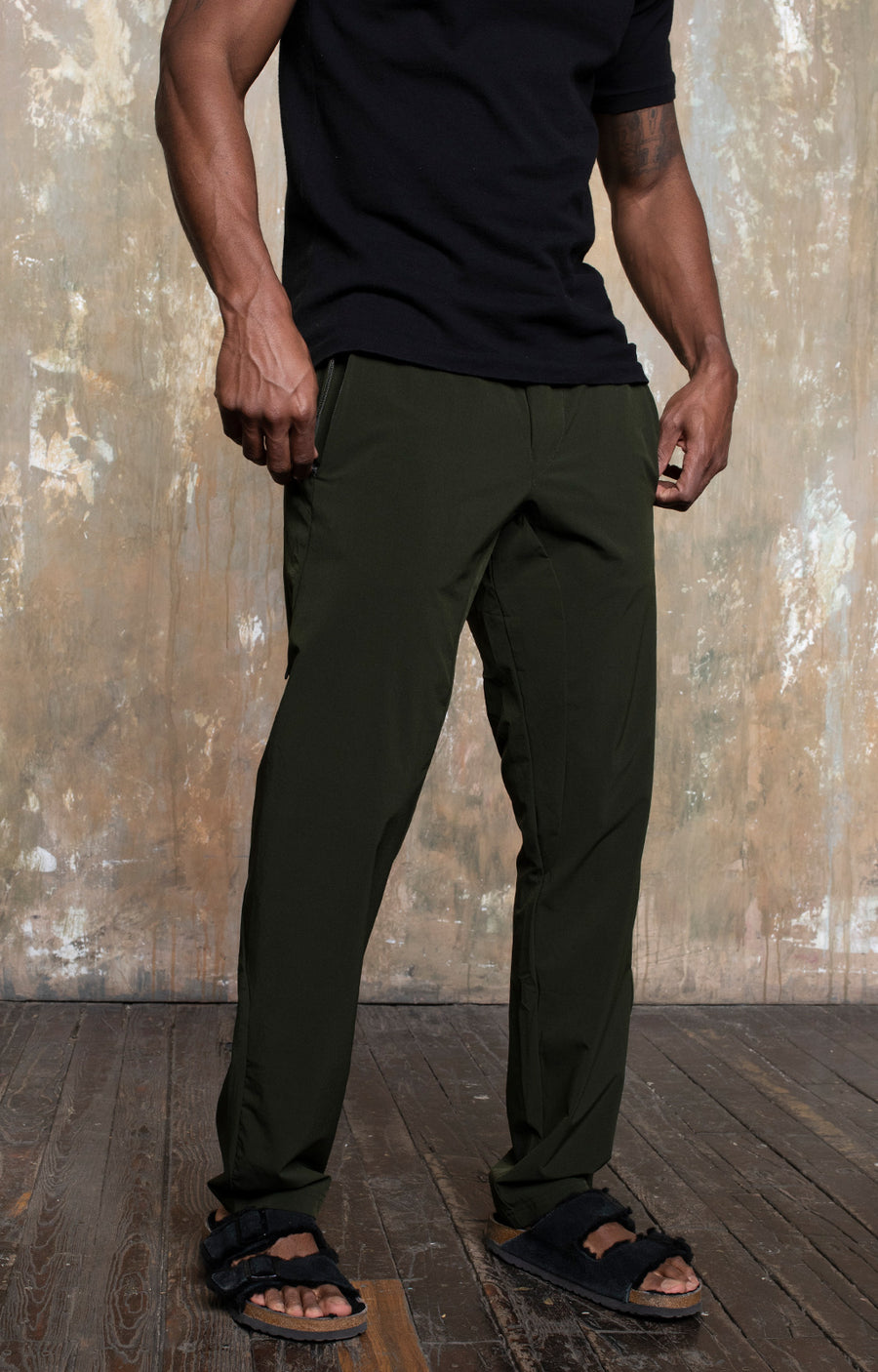 Warrior - Explorer Adventures Pants in Dark Green