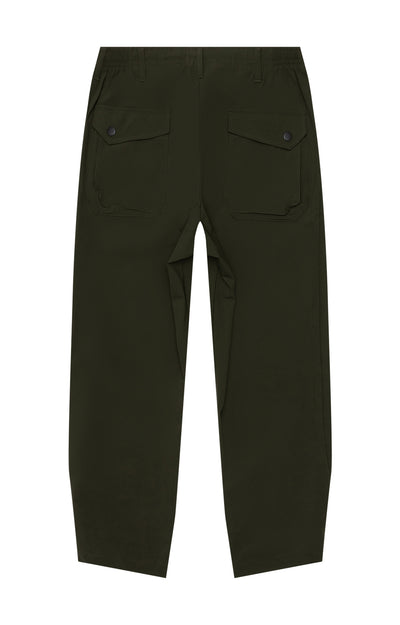 Wanderlust - Cropped Stretch-Tech Trousers in Dark Green