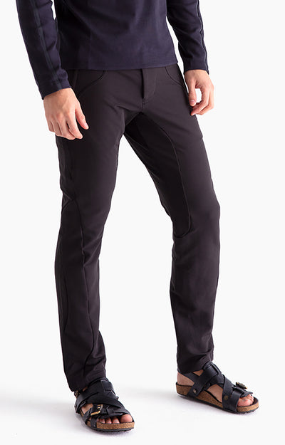 Artist Quest - The Ultimate Traveler Tech Pants in Black