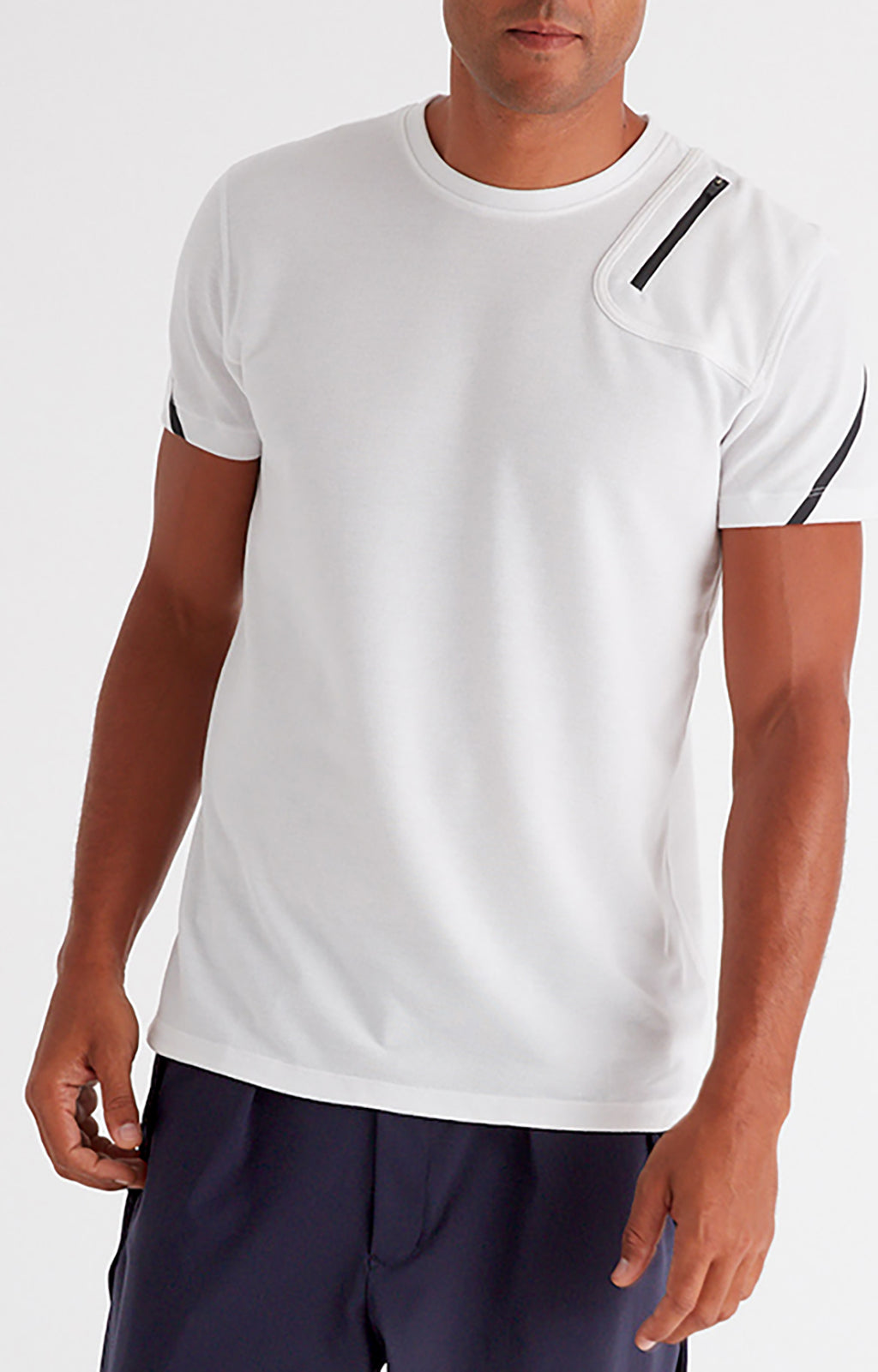 Introspection - Piqué Zip Pocket Short Sleeve in White