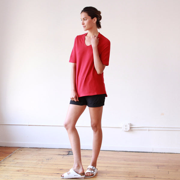 Dignity – Sumptuously Soft Piqué Scoop-Neck Tee Red
