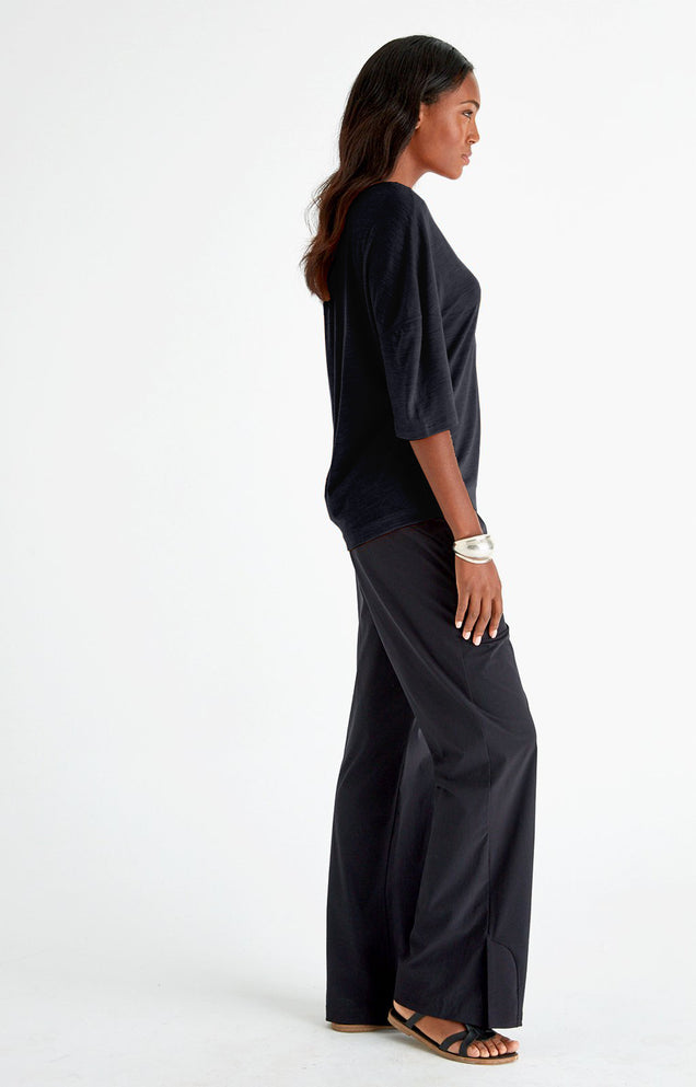 Escape - Relaxed Elegance Pants in Black