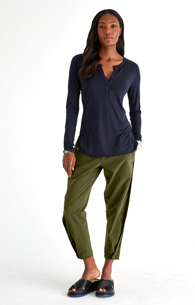 Sanctuary - Cropped Pleated Stretch-Tech Travel Pants in Dark Green