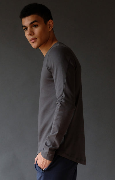 Enchant - Long Sleeve Travel Tee in Dark Shadow