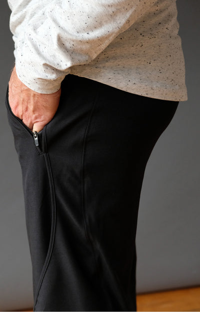Quest - Meticulous Craftsmanship, Travel Pants in Black