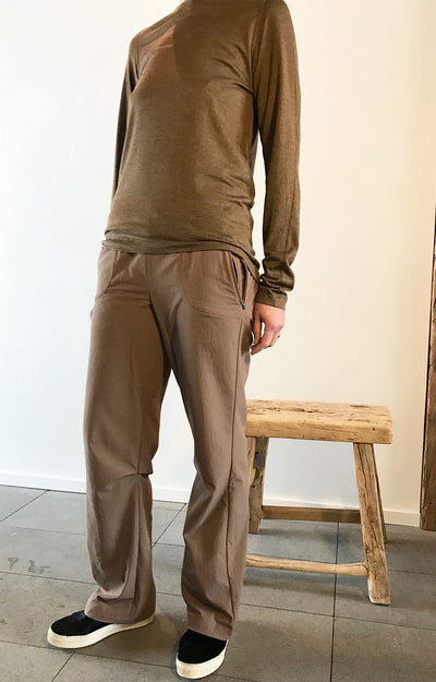 Limitless - Traveler's Pant in Java