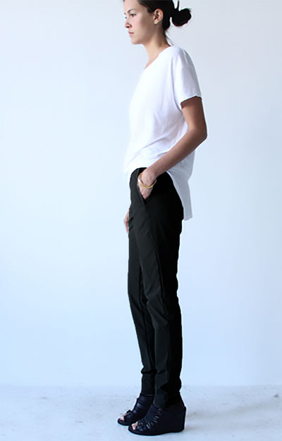 Earthly Sculpture- Fleece Lined Travel Pant in Black