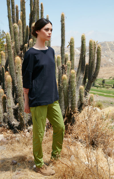 Purity - Meticulous Craftsmanship, Travel Pants in Moss Green