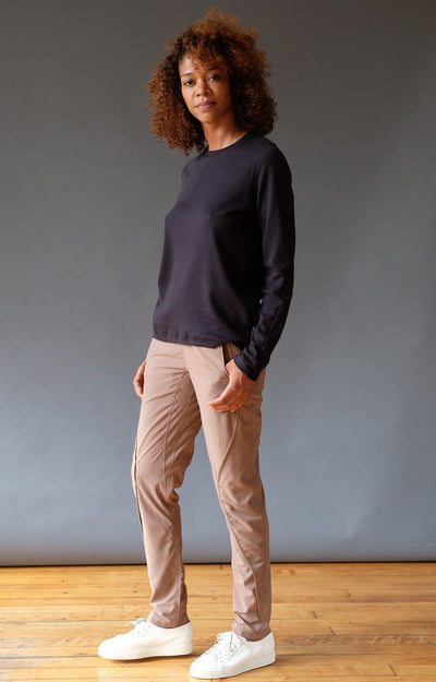 Purity - Travel Pant in Java