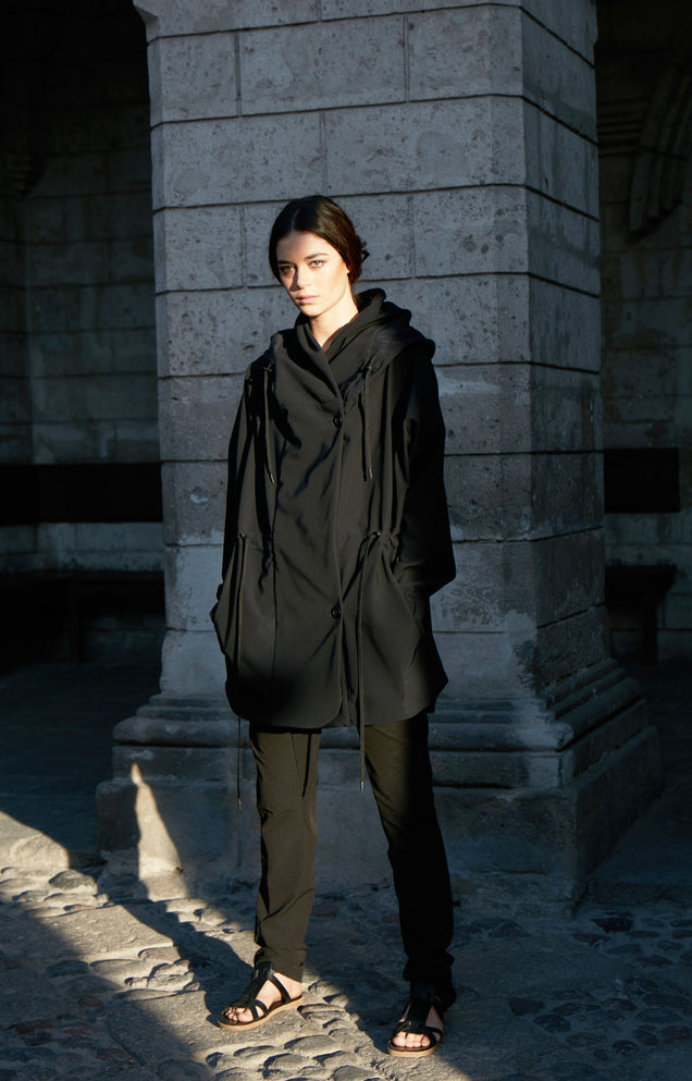Euphoric - Cozy Hooded Cocoon Travel Jacket in Black