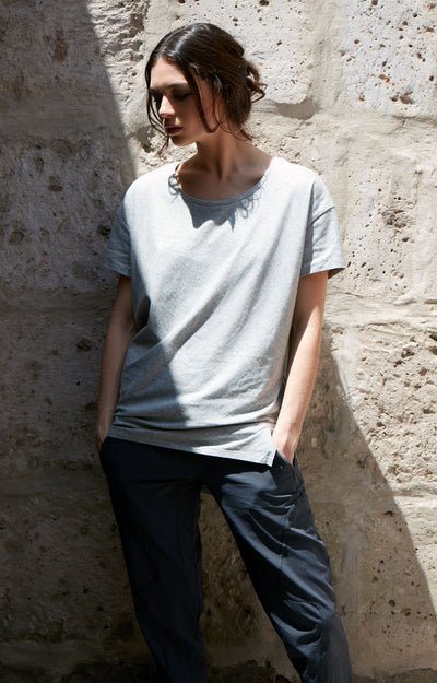 Simple Opulence - Asymmetric Long Slouchy Tee in Heather Gray
