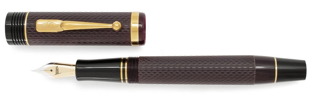Conway Stewart Churchill Bordeaux Chased with Gold Trim