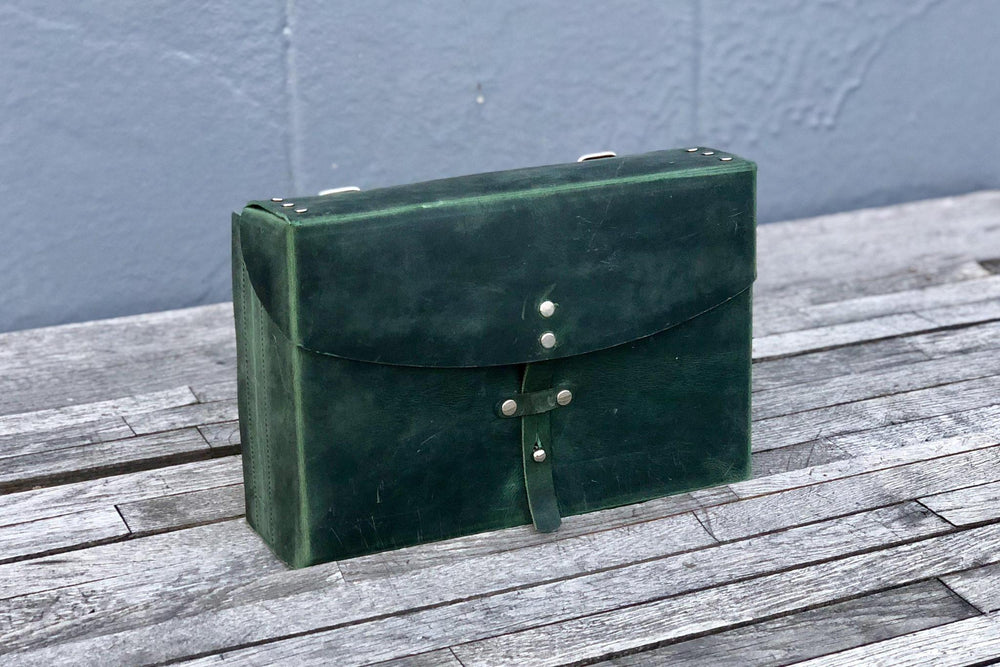 Galen Leather Co. Writer's Medic Bag- Crazy Horse Forest Green
