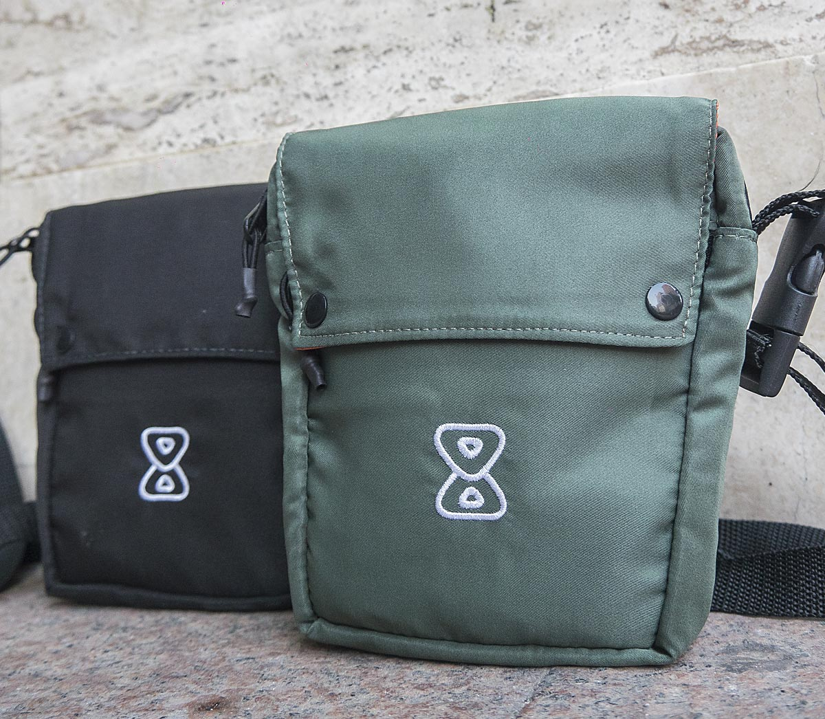 Shoulderbag Future Skateboards Anorak Verde Preta