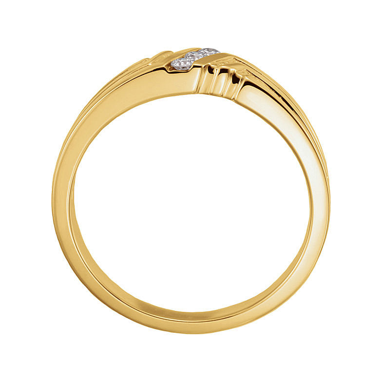 14k Gold 6.5mm 0.08CT Diamond 3-Stone Ring