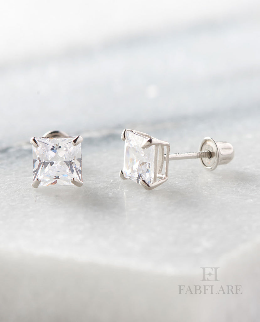 14k Solid Gold 0.70ct t.w Cubic Zirconia 5mm Princess Cut Stud Earrings
