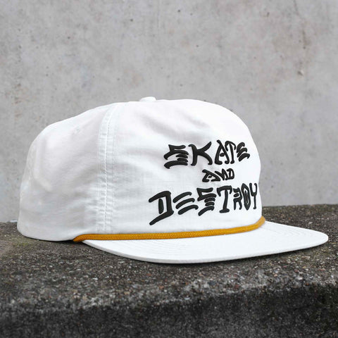 Thrasher - Skate & Destroy Puff Ink Snapback - White