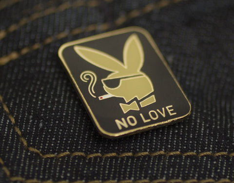Tom Grunwald - No Love Lapel Pin - Black