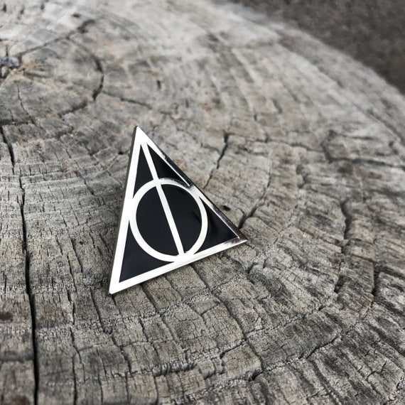 Mo.Pins - Deathly Hallow Pin - Silver