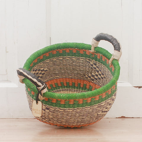 V Shape with Handle - Natural & Navy Stripe