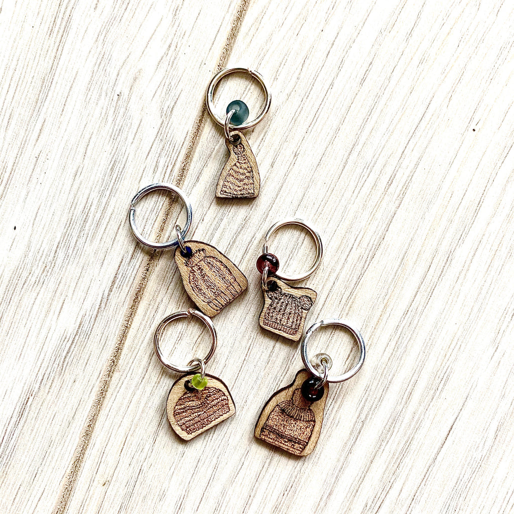 Stitch Marker Toque - Set of Five