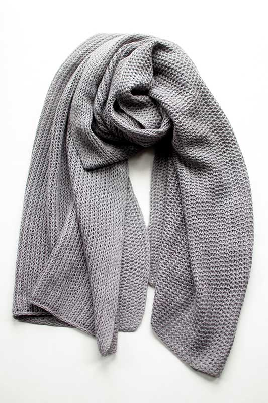 Cashmere Merino Honeycomb Scarf in Mid Grey